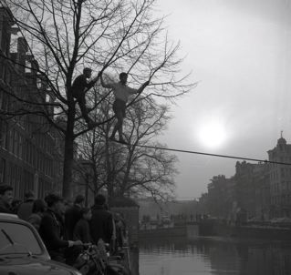 Lustrum Clauter april 1965; ?? klimt over de Keizersgracht